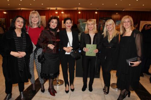 Μ. Κτιστοπούλου, Εύα Διβάρη, Αννίτα Πατσουράκη, Εβίτα Κανέλλου Δουφεξή, Μπέττυ Ευαγγελάτου, Γιάννα Λουρίδα και Νάντια Μπαράκου